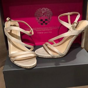 Women's size 7 satin special occasion heels